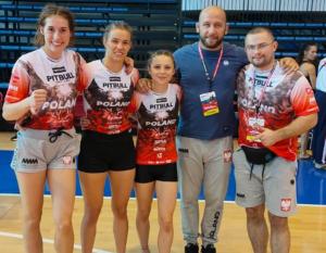 Na zdjęciu: Sara Jóźwiak, Paulina Kontna, Magdalena Czaban oraz Szymon Bońkowski i Michał Mankiewicz